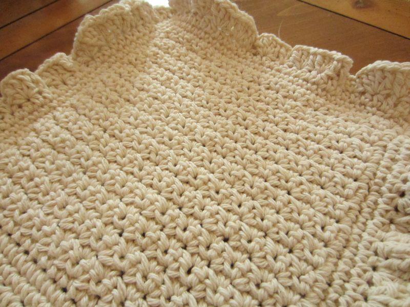 Crochet-ruffles-dishcloth