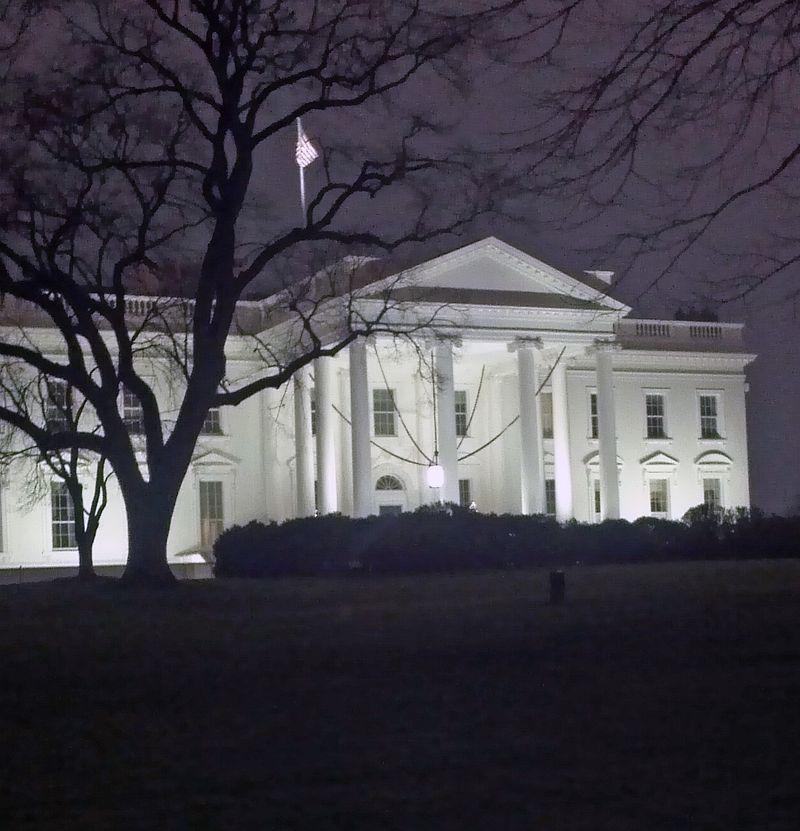 White-house-christmas-2012