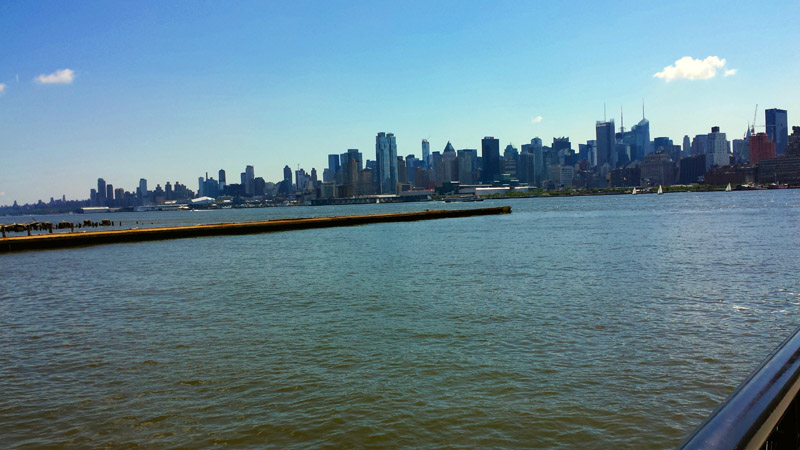 Crossing-the-hudson-to-nyc